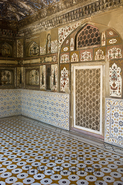 Pietra Dura stone and jewel inlay cut in marble frescoes at Tomb of Etimad Ud Doulah, 17th Century Mughal tomb in Agra, India