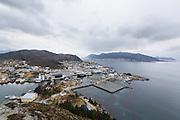 View over Fosnavåg, Norway. The offshore vessel Olympic Bibby visited Fosnavåg harbour during her naming ceremony | Oversikt over Fosnavåg havn, med supplybåten Olympic Bibby som gjesta Fosnavåg havn under dåpen sin.