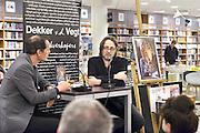 Nederland, Nijmegen, 16-4-2016 Auteur, columnist en voetbalcommentator Hugo Borst wordt geinterviewd bij boekhandel Dekker en van de Vegt. Hij schreef het boek Ma over zijn dementerende moeder. FOTO: FLIP FRANSSEN/ HH
