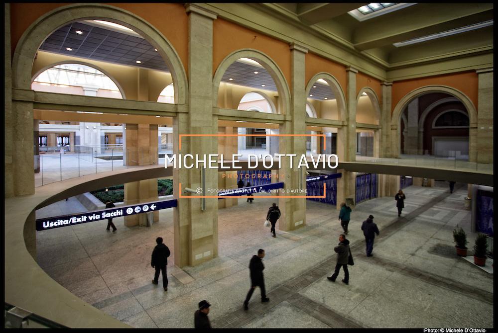 Torino stazione Porta Nuova riaperta al pubblico dopo i lavori di ristrutturazione