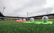 FODBOLD: Bolde ligger klar til opvarmning før kampen i ALKA Superligaen mellem FC Helsingør og AC Horsens den 18. februar 2018 på Right to Dream Park i Farum. Foto: Claus Birch.