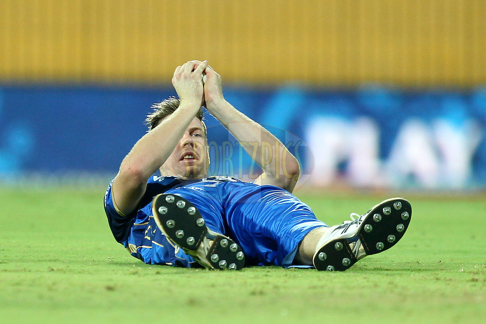 James Faulkner  of Rajasthan Royals takes a catch to dismiss Dwayne Smith during match 47 of the Pepsi IPL 2015 (Indian Premier League) between The Chennai Superkings and The Rajasthan Royals held at the M. A. Chidambaram Stadium, Chennai Stadium in Chennai, India on the 10th May 2015.Photo by:  Prashant Bhoot / SPORTZPICS / IPL