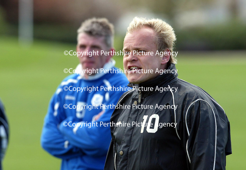 St Johnstone Caretaker Manager's Mixu Paatelainen and Jim Weir taking training this morning.<br />see story by Gordon Bannerman Tel: 01738 553978 or 07729 865788<br />Picture by Graeme Hart.<br />Copyright Perthshire Picture Agency<br />Tel: 01738 623350  Mobile: 07990 594431