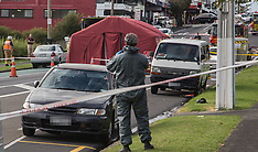Auckland-Police investigate possible clan lab in car boot, Dominion Road
