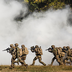 Présentation des capacités de l'armée de Terre le jeudi 4 octobre 2018.  Démonstrations dynamiques présentant l'ensemble du spectre d'engagement des forces armées terrestre. Tableau 3 : Engagement majeur.<br /> Octobre 2018 / Versailles (78) / FRANCE<br /> Voir le reportage complet (33 photos) https://sandrachenugodefroy.photoshelter.com/gallery/2018-10-AdT-Show-demonstration-de-lArmee-de-Terre-Complet/G0000834qg1SM.HA/C0000yuz5WpdBLSQ