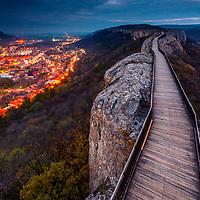 Footpath over the ridge