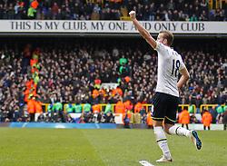 Tottenham Hotspur's Harry Kane celebrates scoring a goal - Photo mandatory by-line: Mitchell Gunn/JMP - Mobile: 07966 386802 - 22/02/2015 - SPORT - football - London - White Hart Lane - Tottenham Hotspur v West Ham United - Barclays Premier League