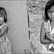 NI—OS DE PORAI - Homenaje a Mariano Diaz.Photography by Aaron Sosa.Isla Zapara, Estado Zulia.- Venezuela 2002.(Copyright © Aaron Sosa)