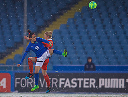 CESENA, ITALY - Tuesday, January 22, 2019: Wales' captain Sophie Ingle and Italy's Barbara Bonansea during the International Friendly between Italy and Wales at the Stadio Dino Manuzzi. (Pic by David Rawcliffe/Propaganda)