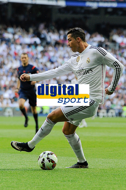 Real Madrid´s Cristiano Ronaldo during 2014-15 La Liga match between Real Madrid and Valencia at Santiago Bernabeu stadium in Madrid, Spain. May 09, 2015. (ALTERPHOTOS/Luis Fernandez)
