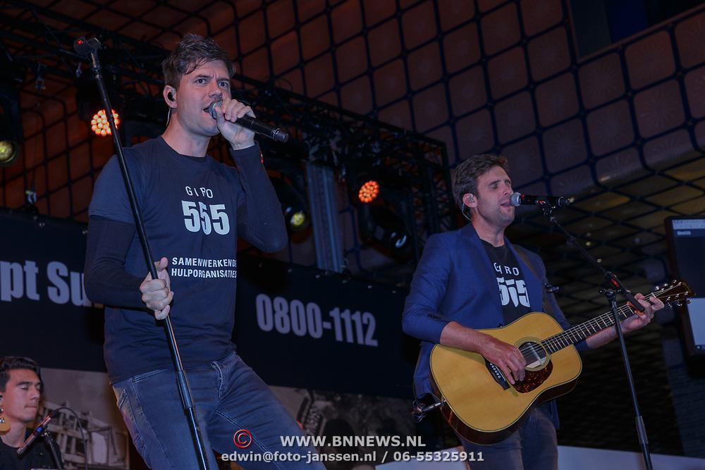 NLD/Hilversum/20181010 - Giro 555 actiedag voor Sulawesi, Nick en Simon, Simon Keizer en Nick Schilder