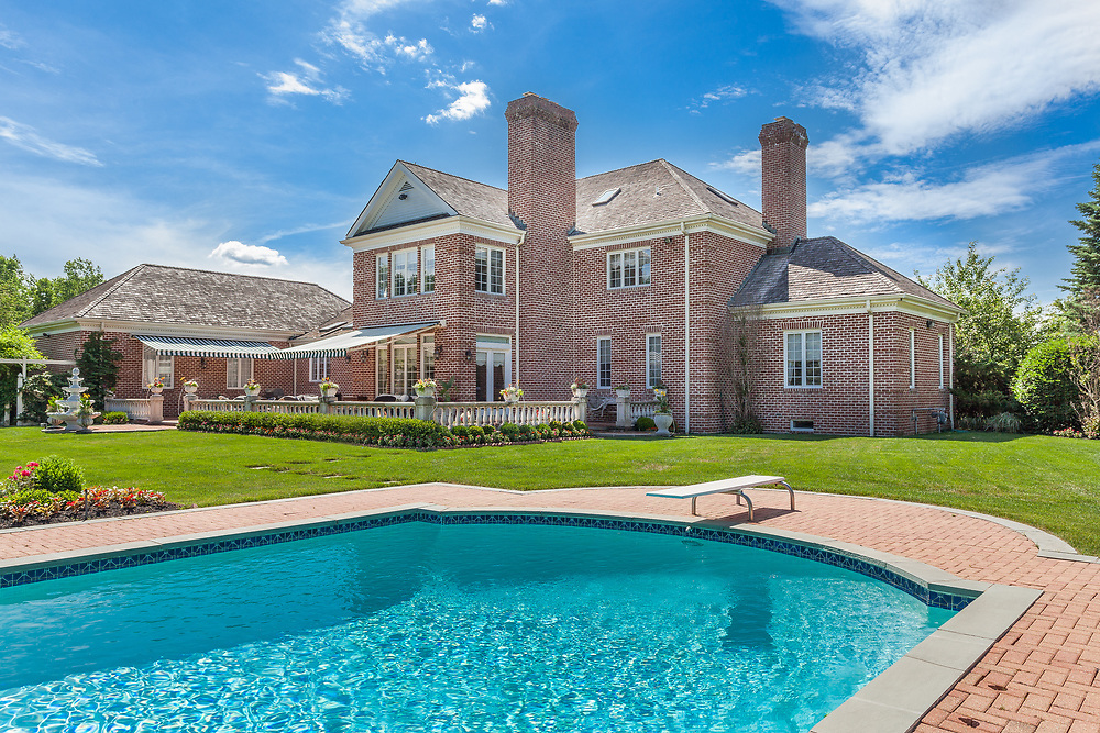 Real Estate Photo shoot Pool