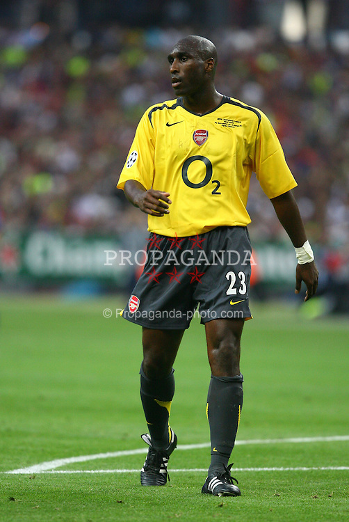 PARIS, FRANCE - WEDNESDAY, MAY 17th, 2006: Arsenal's Sol Campbell during the UEFA Champions League Final at the Stade de France. (Pic by David Rawcliffe/Propaganda)