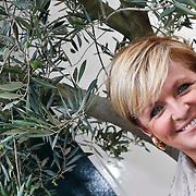 NLD/Amsterdam/20101018 - Lunch 25 jarig bestaan blad Beau Monde, Caroline Tensen