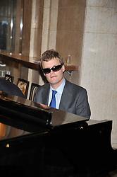DEREK PARAVICINI at the opeing of Green's Restaurant & Oyster Bar, 14 Cornhill, London EC3 on 1st September 2009.