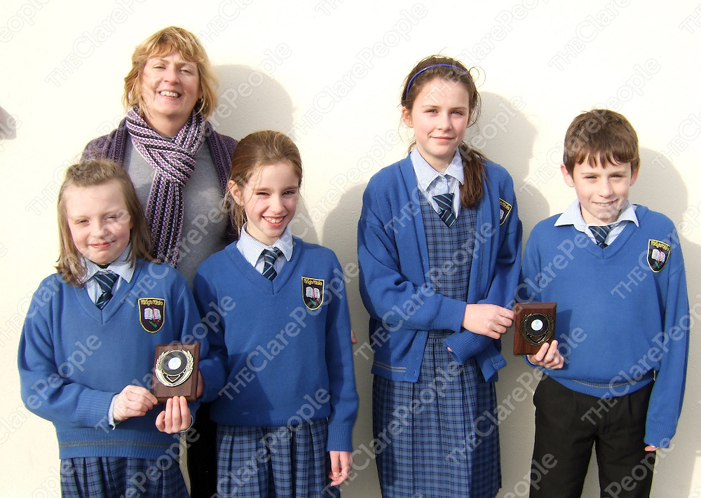 The Moveen NS under-11 team winners of the Credit Union primary schools quiz.  The team includes Muireann Keane, Rieke Mc Loughlin, Chloe Taylor, Glenn Mullaney who are photographed with School Principal, Assumpta Concannon. They now advance to the next stage of the competition which will be held in Limerick.