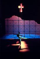 "Andrew Murphy as Lancelot in David Bintley's ""Arthur - part II"" Birmingham Royal Ballet."