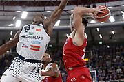 Christian Burns<br /> A | X Armani Exchange Milano - Leonessa Germani Brescia<br /> LBA Lega Basket Serie A<br /> Zurich Connect Supercoppa 2018<br /> Brescia, 29/09/2018<br /> Foto MarcoBrondi / Ciamillo-Castoria