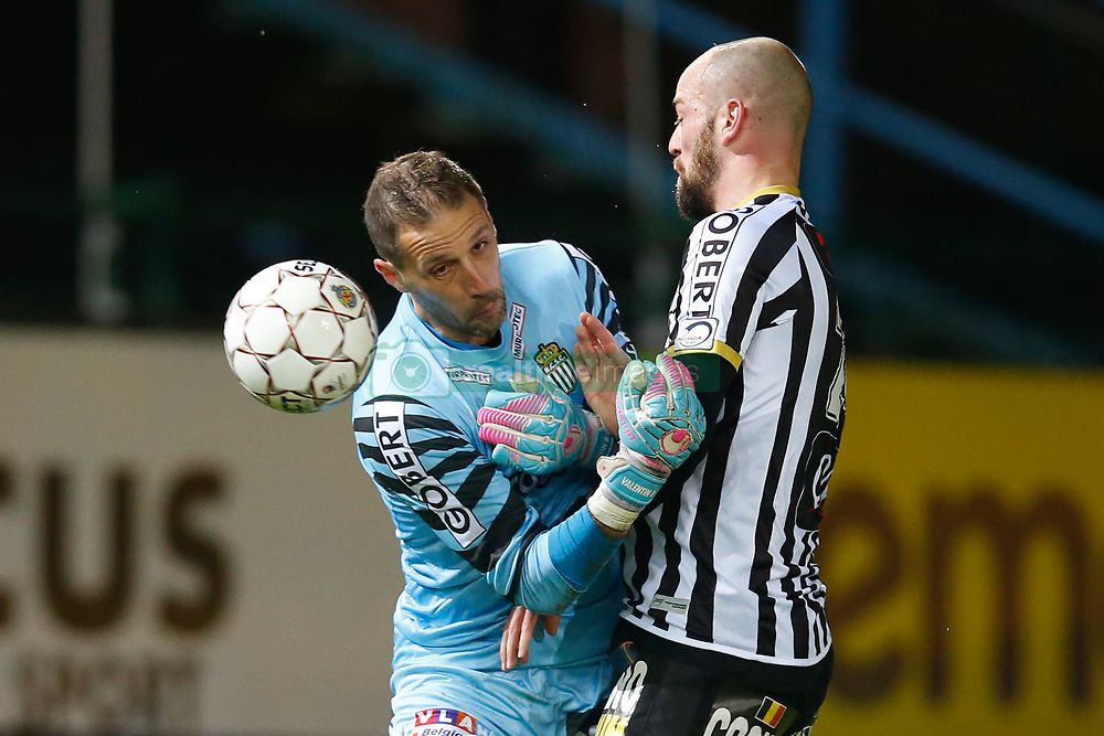 November 25, 2017 - Beveren-Waas, BELGIUM - Charleroi's goalkeeper Nicolas Penneteau and Charleroi's Dorian Dessoleil pictured during the Jupiler Pro League match between Waasland-Beveren and Sporting Charleroi, in Beveren-Waas, Sunday 26 November 2017, on day 16 of the Jupiler Pro League, the Belgian soccer championship season 2017-2018. BELGA PHOTO BRUNO FAHY (Credit Image: © Bruno Fahy/Belga via ZUMA Press)