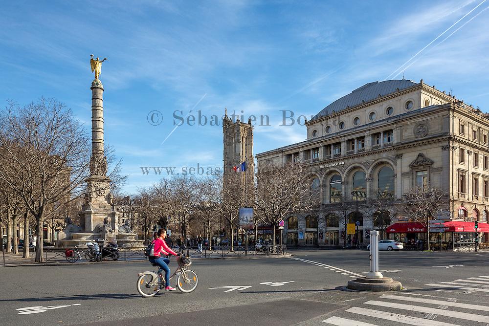 Place du Châtelet  // Place du Châtelet