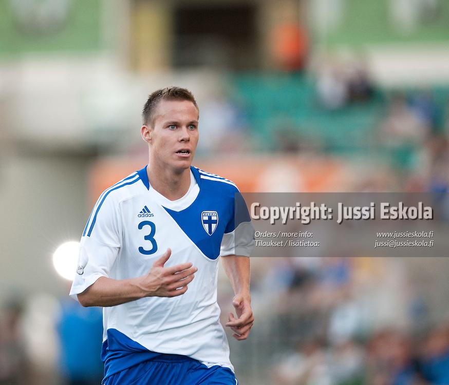 Niklas Moisander. Viro - Suomi. A-maaottelu. Tallinna. 21.5.2010. Photo: Jussi Eskola