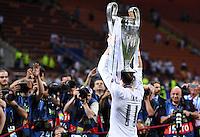 FUSSBALL  CHAMPIONS LEAGUE  FINALE  SAISON 2015/2016   Real Madrid - Atletico Madrid                   28.05.2016 Gareth Bale (Real Madrid) jubelt mit dem Pokal