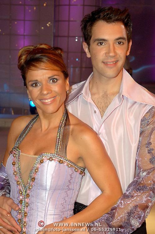 NLD/Hilversum/20060818 - Opname RTL Sterren Dansen op het IJs, Leontien Zijlaard- van Moorsel met schaatspartner Christophe Groc