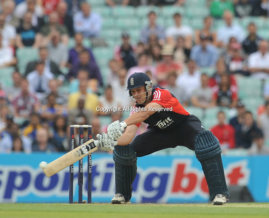 28.06.2011 One Day International Cricket from the Kia Oval in London. England v Sri Lanka. Jonathon Trott hits Malinga for 4.