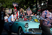 State Senator Wendy Davis participates in the Fort Worth Veterans Day Parade on November 11, 2013.  (Cooper Neill / for The Texas Tribune)