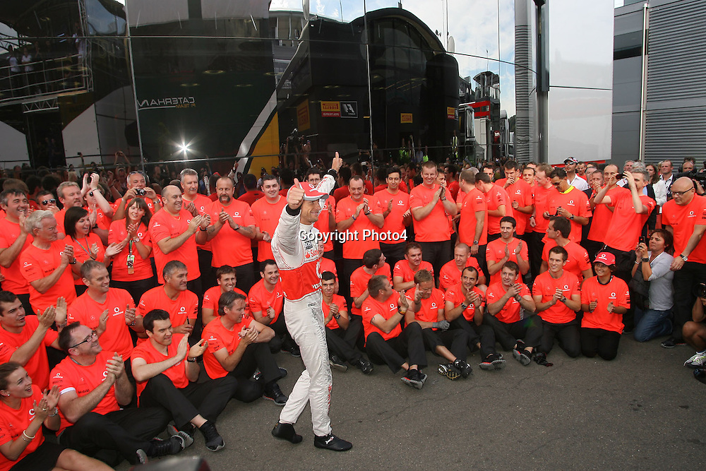 &copy; Photo4 / LaPresse<br /> 02/9/2012 Spa-Francorchamps, Belgium<br /> Belgian Grand Prix, Spa-Francorchamps 30 August - 02 September 2012<br /> In the pic: McLaren Team Celebrate the victory of Jenson Button (GBR), McLaren  Mercedes, MP4-27
