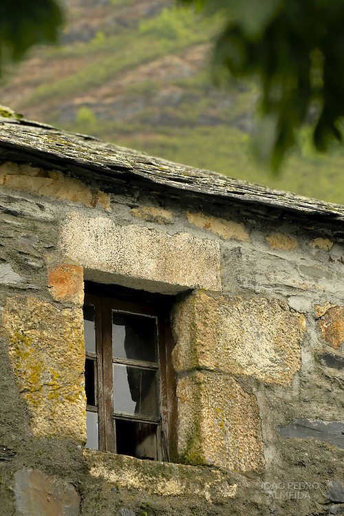 Old rural house at Balouta, small village at the Ancares mountains