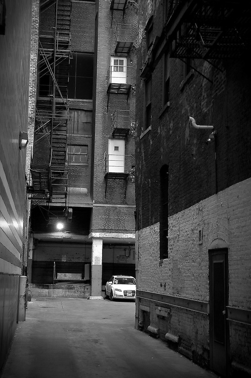 Alley Chicago