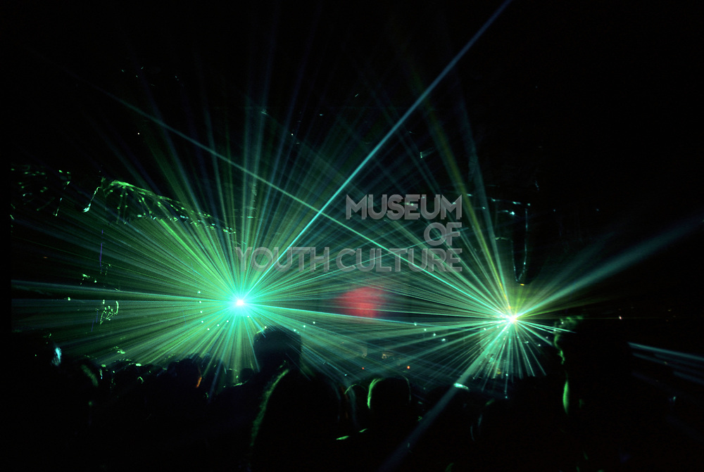 People on the dance floor with green lasers at a rave, @ Desire, 30/09/1995