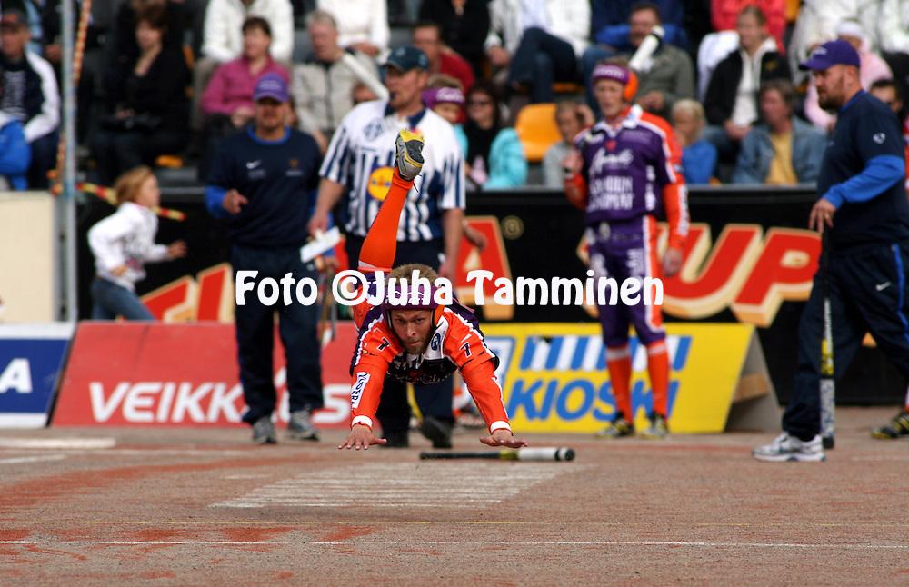 05.09.2009, Kouvola..Superpesis 2009, 1. loppuottelu.Kouvolan Pallonly?j?t - Sotkamon Jymy.Jimi Heikkinen - Sotkamo.©Juha Tamminen.