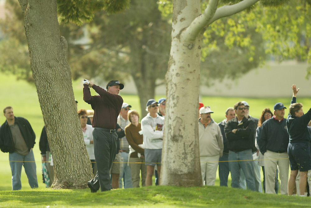 Phil Mickelson.2004 Bob Hope Chrysler Classic.Fourth Round.Bermuda Dunes CC.Saturday, January 24 2004..Photograph by Darren Carroll .