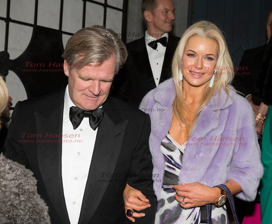 OSLO,  20140301: Jan Haudeman Andersen og Marthe Krogh giftet seg i fra Ris kirke. Masse kjendis- og finansvenner var tilstede. Celina Midelfart og Tor Olav Trøim.  FOTO: TOM HANSEN