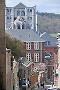 Belgie, Huy, 13-4-2013Stadsgezicht, straatbeeld van het centrum van deze stad in Walonie. Vlakbij ligt de kerncentrale van Tihange.Foto: Flip Franssen/Hollandse Hoogte