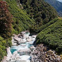 Still on the Haast Pass we took a rest along the State Highway 6 before continuing <br /> our drive from Makarora to Lake Matheson.
