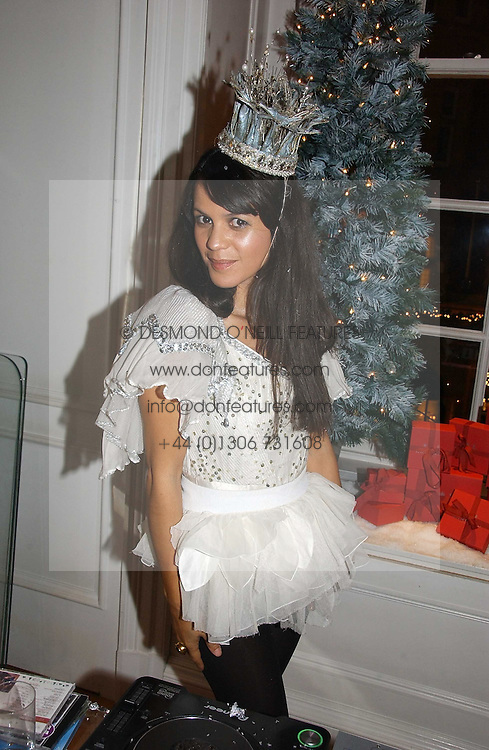 LISA MOORISH at Garrard's Winter Wonderland party held at their store 24 Albermarle Street, London W1 on 30th November 2006.<br /><br /><br />NON EXCLUSIVE - WORLD RIGHTS