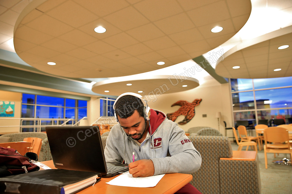 Bobby Banks, Detroit freshman, studies in the Fabiano/Woldt/Emmons lobby. He plans to study Biology and Early Childhood Development. Photo by Steve Jessmore/Central Michigan University