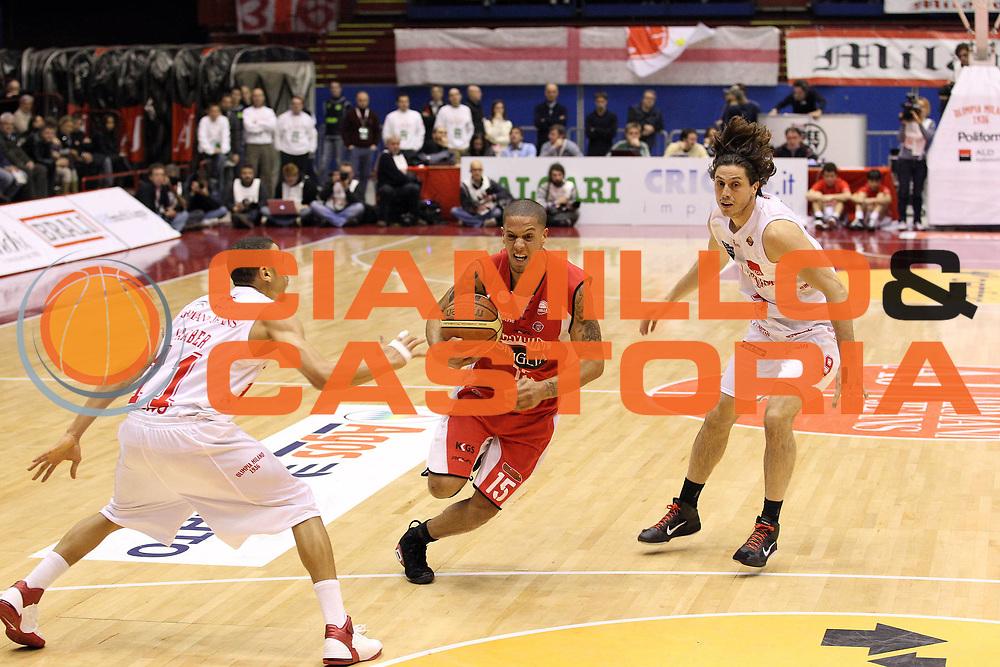 DESCRIZIONE : Milano Lega A 2010-11 Armani Jeans Milano Scavolini Siviglia Pesaro<br /> GIOCATORE : Daniel Hackett<br /> SQUADRA : Scavolini Siviglia Pesaro<br /> EVENTO : Campionato Lega A 2010-2011<br /> GARA : Armani Jeans Milano Scavolini Siviglia Pesaro<br /> DATA : 16/01/2011<br /> CATEGORIA : Palleggio<br /> SPORT : Pallacanestro<br /> AUTORE : Agenzia Ciamillo-Castoria/G.Cottini<br /> Galleria : Lega Basket A 2010-2011<br /> Fotonotizia : Milano Lega A 2010-11 Armani Jeans Milano Scavolini Siviglia Pesaro<br /> Predefinita :