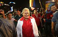 Salvador Sanchez líder fmln llega la concentración simpatizantes de Hugo Chavez rinde homenaje, Miércoles, 23 de enero 2013, San Salvador, El Salvador al conocer su muerte. Los militantes de izquierda buscan solidificar el legado de Chávez como un salvador mesiánico de los pobres. Photo: Franklin Rivera/fmln/Imagenes Libres.