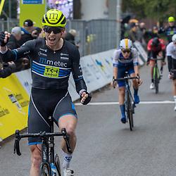 20-10-2019: Wielrennen: OlympiaTour: Tiel<br />Jason van Dalen wint de slotetappe in Tiel