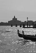Italy. Venice. gondolas on Venice Lagoon  / gondoles sur la lagune de Venise a l entree du grand canal