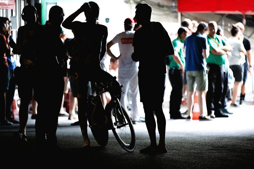 After crossing the finish line riders hydrated and cooled down in the pitch darkness of the velodrome's underbelly. Photo: Iri Greco / BrakeThrough Media | www.brakethroughmedia.com