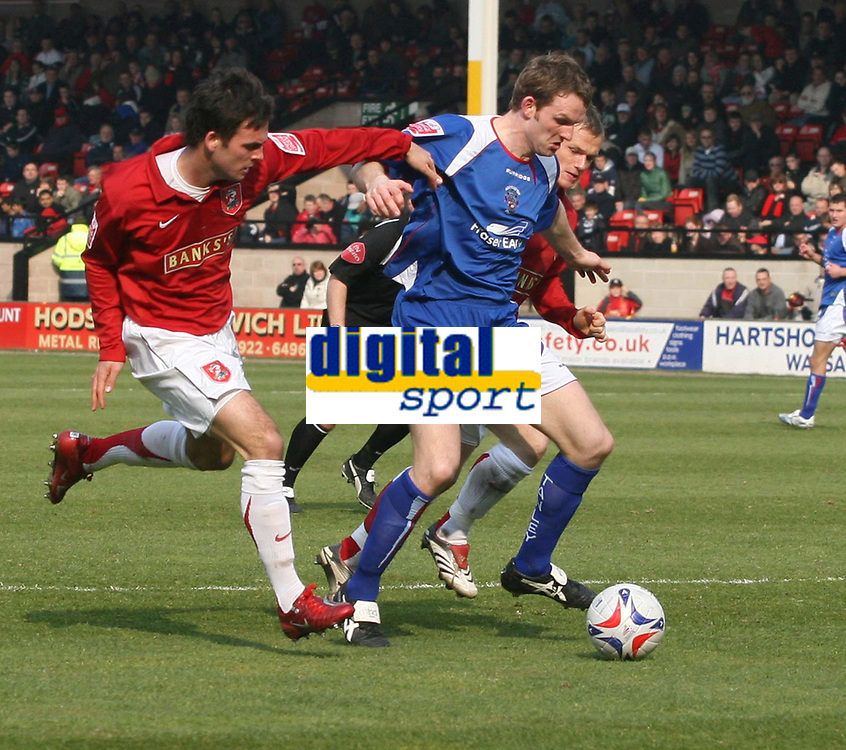 Photo: Mark Stephenson.<br />Walsall v Accrington Stanley. Coca Cola League 2. 31/03/2007. Accington's Andrew Todd on the ball