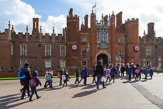 2018-03-16 SWNS - HRP Hampton Court Palace free schools visits