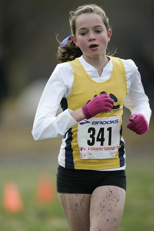 Toronto, Ontario ---16/11/08--- ALANNAH MACDONALD runs in the midget girls race at the 2008 OTFA Cross Country Championships in Toronto, Ontario, November 16, 2008. .GEOFF ROBINS/ Mundo Sport Images