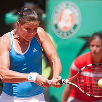 31 May 2009:  Dinara Safina of Russia hits a backhand during the Women's Singles fourth round match on day eight of the French Open at Roland Garros in Paris, France.