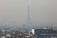 Paris Cloaked In Smog As Air Pollution Rises 8 Dec2016